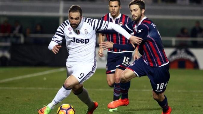 Juventus Berhasil Kalahkan Crotone, Allegri: Kami Berhasil Manfaatkan Celah